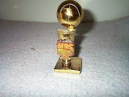 2016 Cleveland Cavaliers Champions Trophy Paperweight Mint I