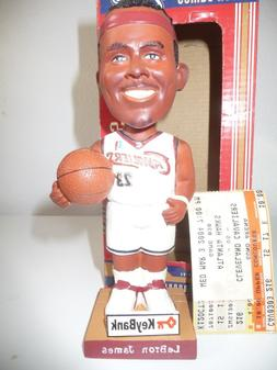 Cleveland Cavaliers Bobblehead LeBron James 2004 Bobblehead